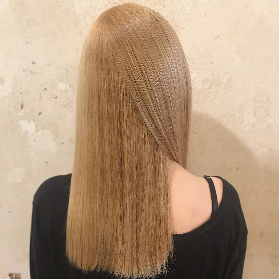 smooth long blonde hair with Keratin treatment at ESHK hairdressers in Clerkenwell, London