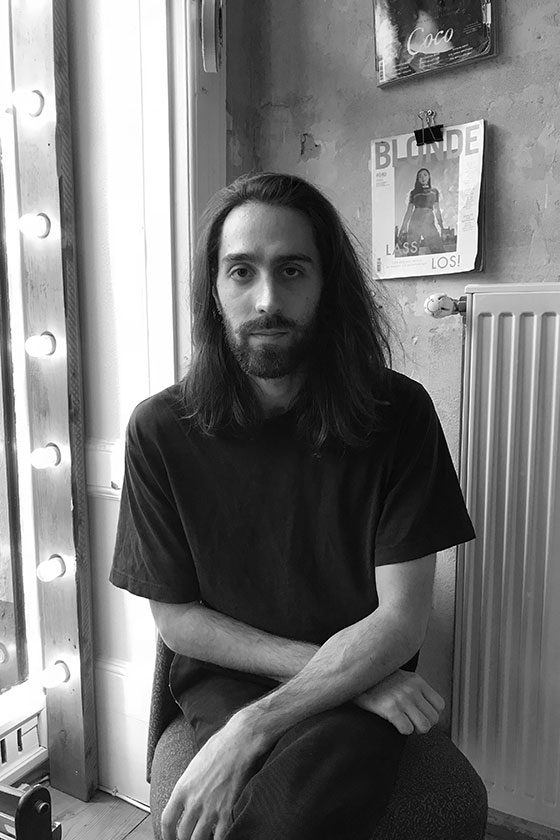 Meet Yan, stylist at ESHK Friseur Neukölln, Berlin.