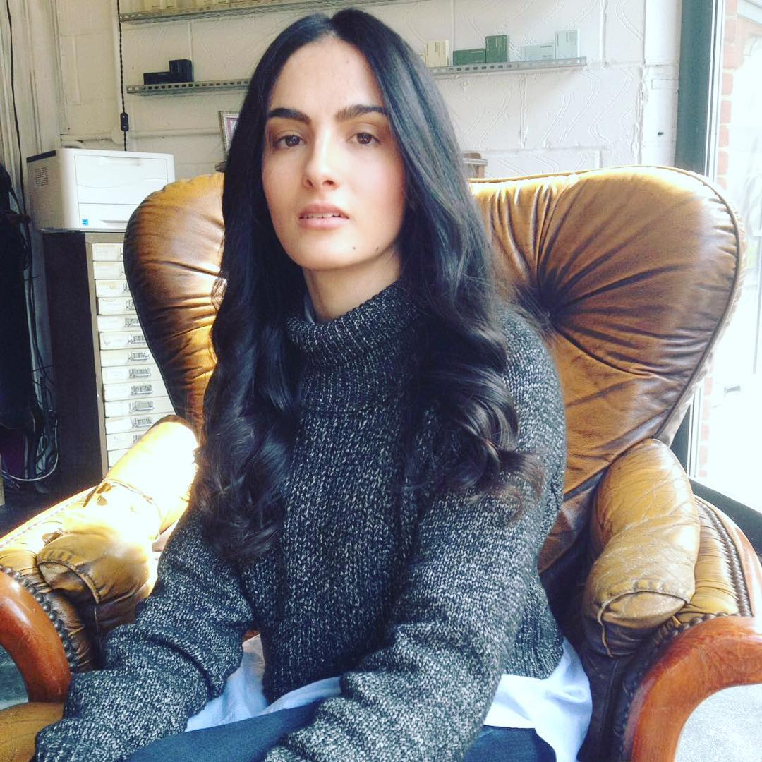 brown long hair blowdry waves styling in farringdon