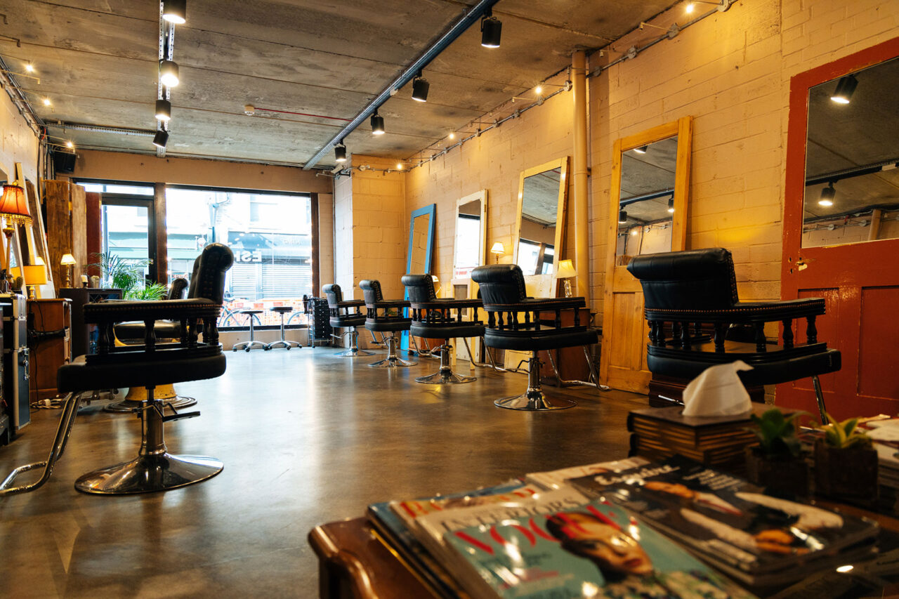 waiting area and cutting room hairstylists shoreditch at ESHK
